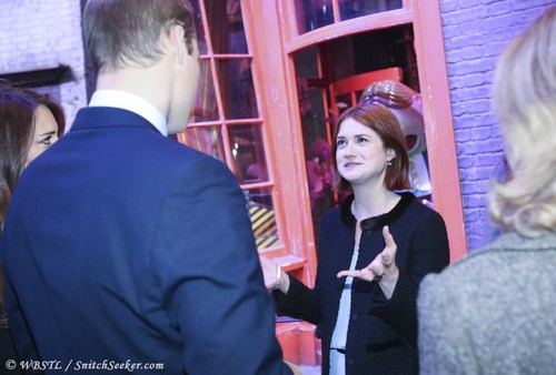 Bonnie Wright, Matthew Lewis các bức ảnh with royal family at WB Studio Leavesden opening