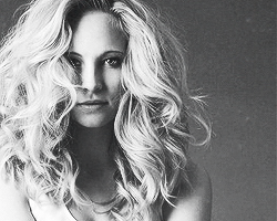Candice Accola fondo de pantalla probably containing a portrait titled Candice