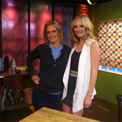 "Candice in the Yahoo studios for ""Daily Shot with Ali Wentworth"" [01/05/13]"