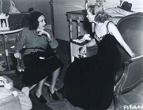 Carole Lombard & Gloria Swanson