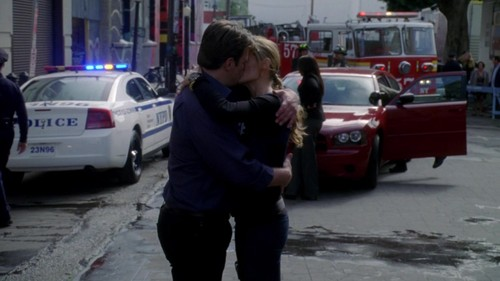Caskett wallpaper containing a street and a pelican crossing titled Caskett 5x22 Screencaps