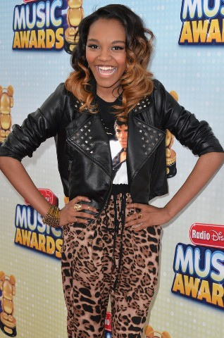 China Anne Mcclain-Radio Дисней Музыка Awards 2013