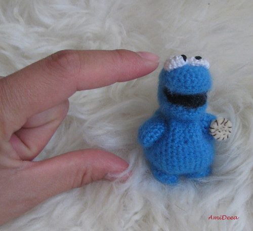 Cookie Monster wolpeyper entitled Cookie monster