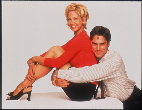 Dharma & Greg fondo de pantalla probably containing hosiery, bare legs, and a hip boot called Dharma & Greg