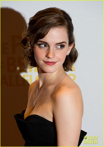 Emma in The Perks