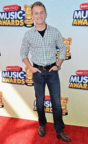 Jason Dolley at the Radio Disney Musik Awards 2013