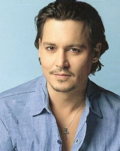Johnny Depp wallpaper possibly containing a portrait titled Johnny Depp <3