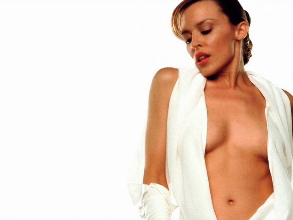 Kylie Minogue se desnud para la revista GQ y luce