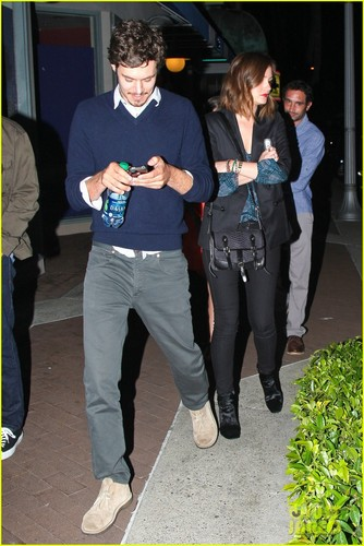 1  leighton meester & adam brody added by  lubo4ka