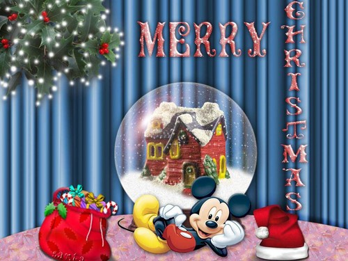 Mickey Mouse Christmas Wallpaper :)