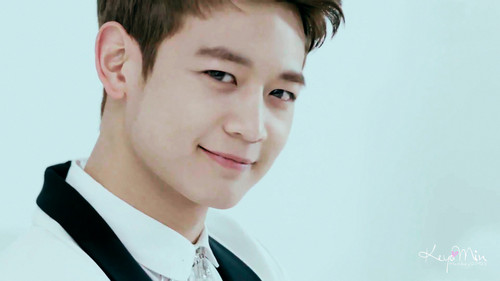 Choi Minho wolpeyper possibly with a business suit, a well dressed person, and a suit titled Minho ''Why So Serious'' MV ~
