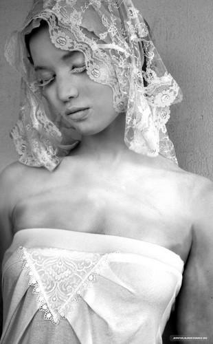 New/Old Chris Kauffman Photoshoot Outtakes [2011]