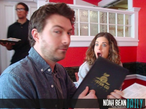 noah bean and lyndsy fonseca dating
