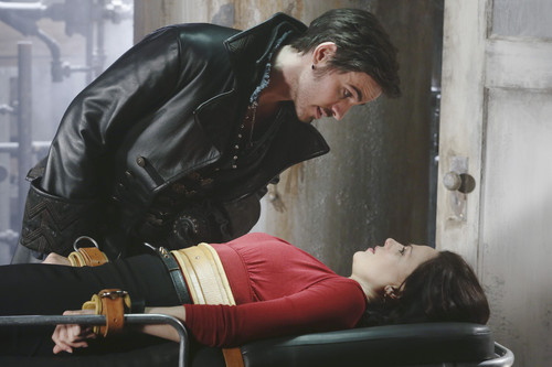 Once Upon a Time - Episode 2.21 - segundo bituin to the Right