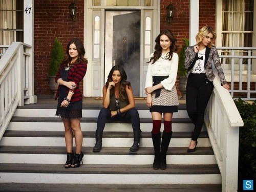 Pretty Little Liars - Season 4 - Cast Promotional Photos