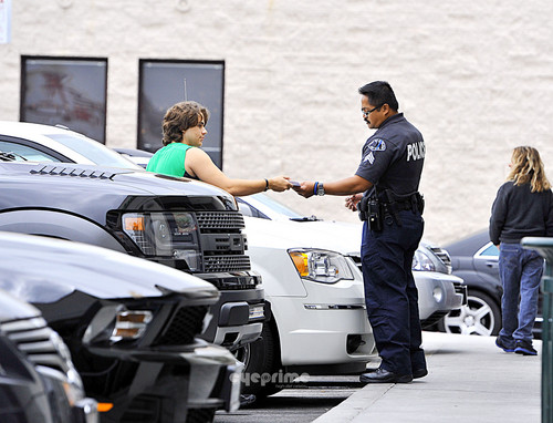Prince Jackson Got Pulled Over in Calabasas NEW May 2013 ♥♥