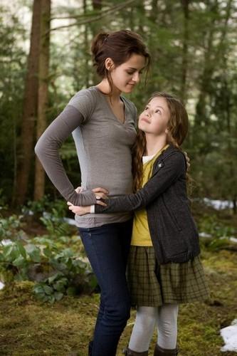 Renesmee & Bella