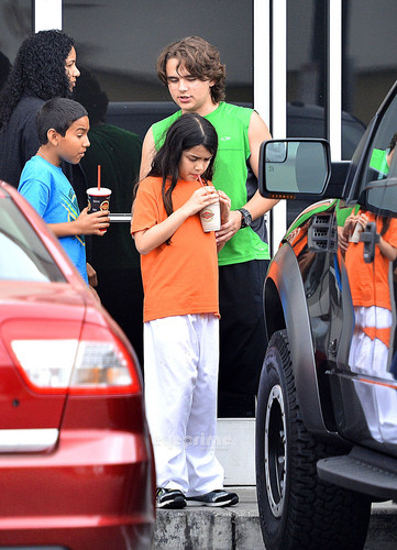 Royal Jackson with his cousins Prince Jackson and Blanket Jackson in Encino NEW May 2013 ♥♥