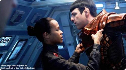 Spock & Uhura Star Trek Magazine