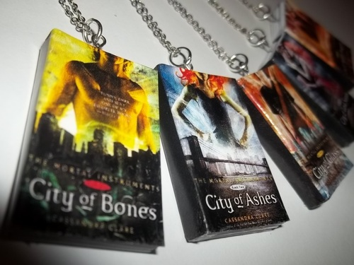 Shadowhunters wallpaper probably with Anime entitled TMI/TID Miniature Book Necklaces