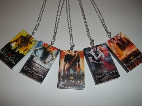 Mortal Instruments wallpaper titled TMI/TID Miniature Book Necklaces
