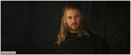 Thor fond d'écran probably with a portrait entitled Thor 2 Trailer! OFFICIAL