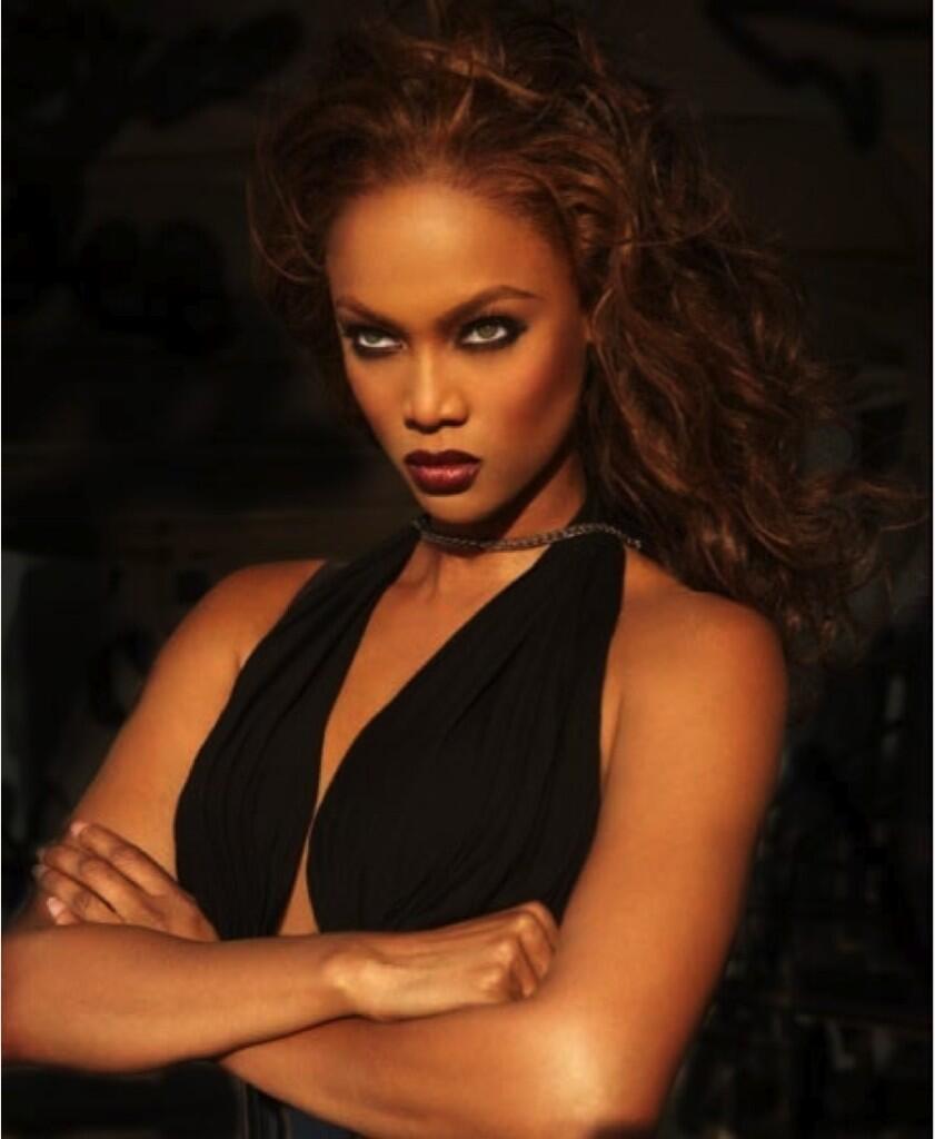 Tyra Banks Young: Tyra Banks Photo (34379197)