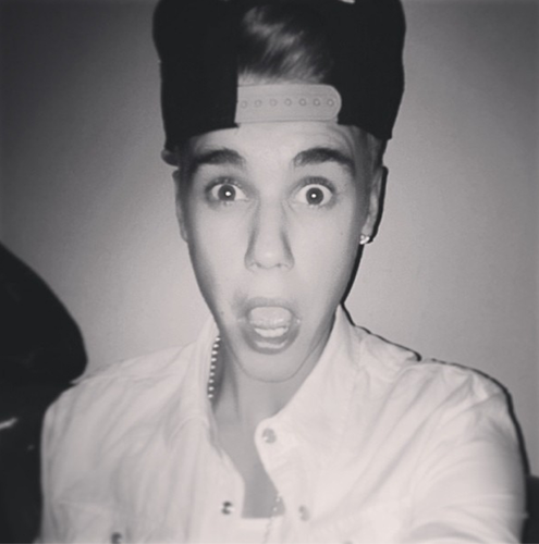 justin faces ;)