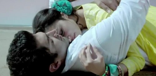 Aashiqui 2 wallpaper probably containing a neonate called tum hi ho