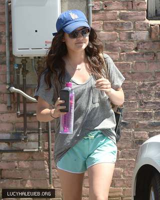 [HQ] May 14th - Leaves the Gym in Santa Monica, California
