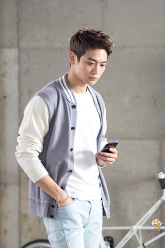 130506 [HQ] Minho - LTE Behind The Scene Pictures