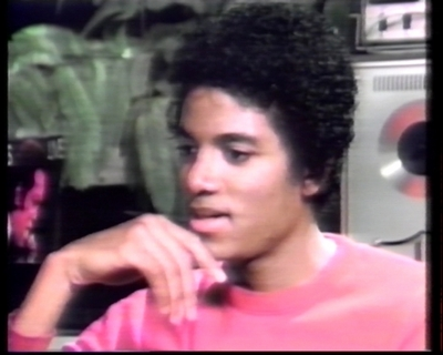 1979-Interview-With-Journalist-Barbara-Walters-michael-jackson-34484503-400-320.jpg