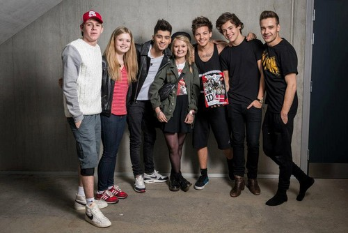 1D with fans