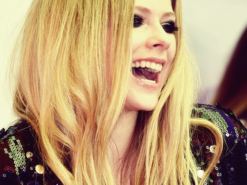 avril lavigne wallpaper containing a portrait called AVRIL wallpaper