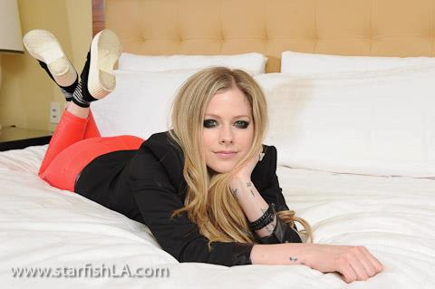 Avril Lavigne ~ Starfish LA. (05/08/2013)