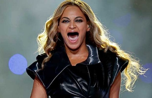 Beyonce With No Teeth!
