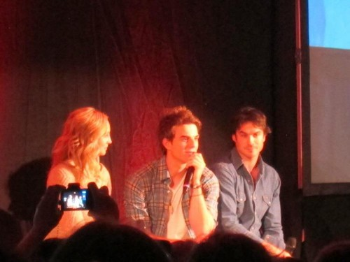 Candice at Bloody Night Con ইউরোপ - Brussels (May 2013)