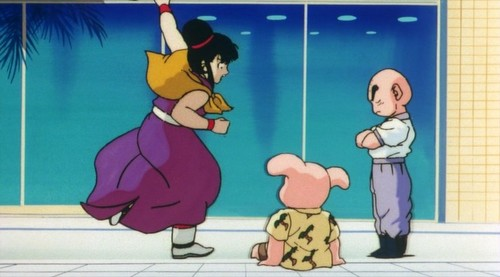 Chichi kicks Krillin (funny scene screenshots) [DBZ Movie 7]