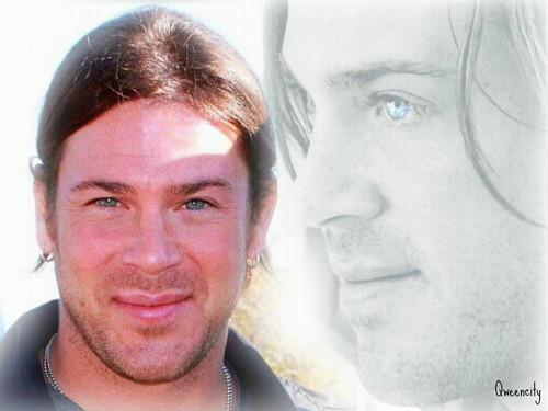 Christian Kane kertas dinding with a portrait entitled Christian