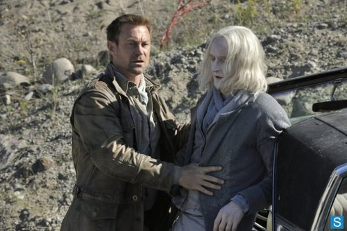 Defiance - Episode 1.06 - Brothers In Arms - Promotional fotografias