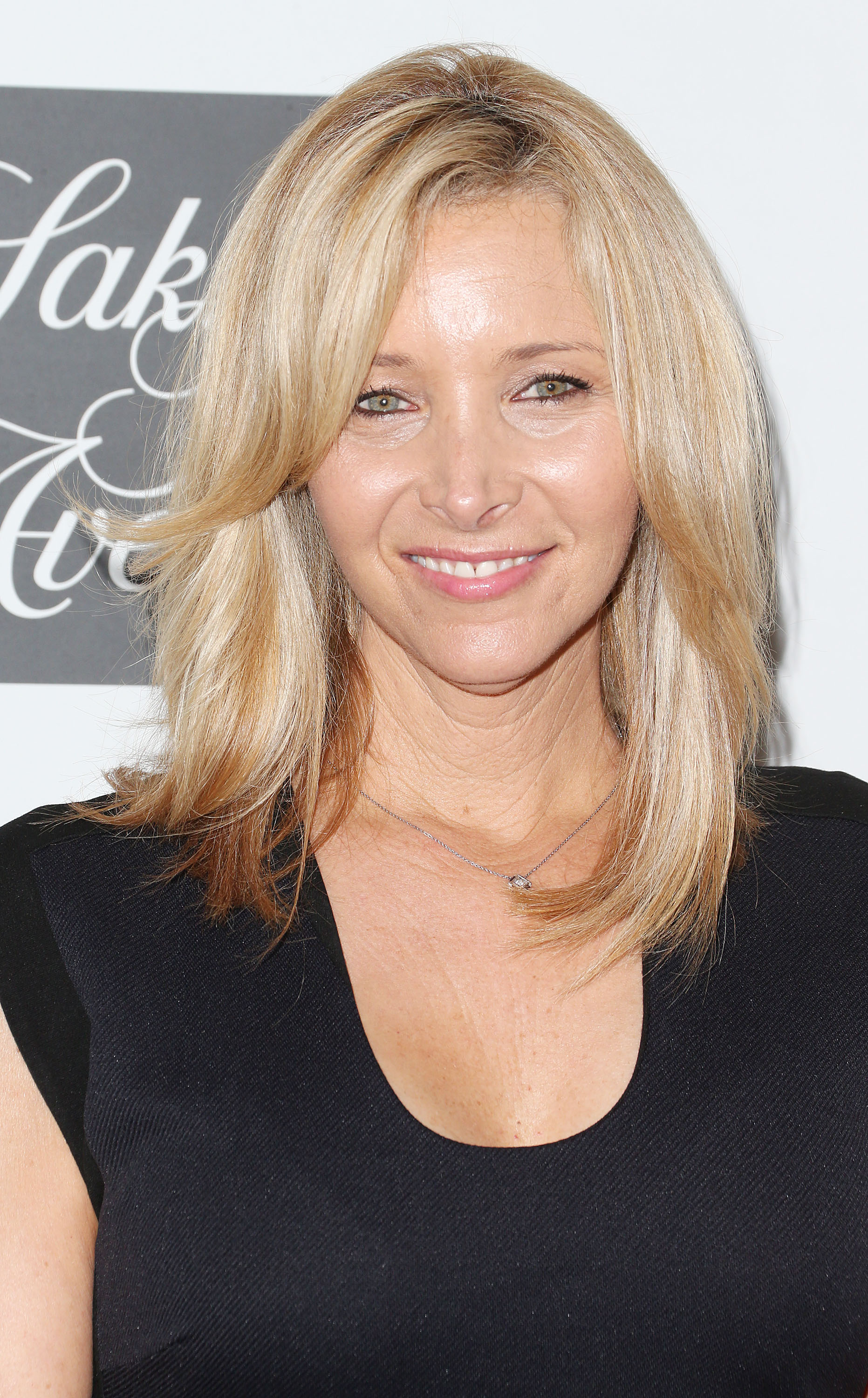College zombie class does lisa kudrow have twin sister now video
