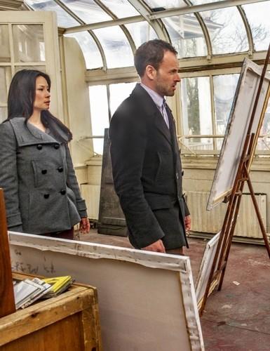 Elementary Season One Finale foto's