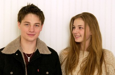 Gregory Smith & Emily Vancamp