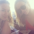 Hilary & Haylie - hilary-duff photo