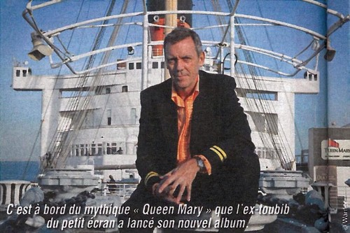 Hugh Laurie on the Queen Mary - new picture (from Ciné Télé Revue May 16th)