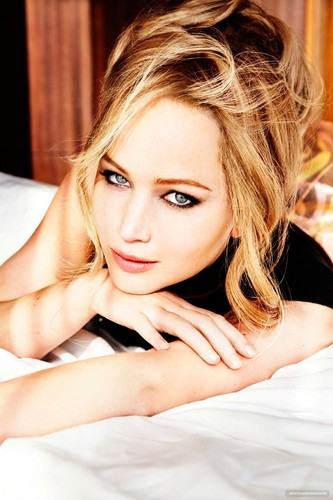 Jennifer Lawrence photographed سے طرف کی Ellen Von Unwerth for Vanity Fair