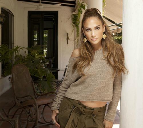 Jennifer Lopez 2011 Q Viva Photoshoot