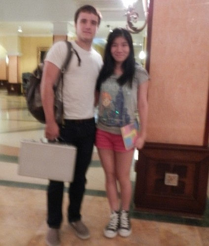 Josh with a 粉丝 in Panama