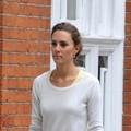 Kate Middleton shops for home décor in London's Chelsea - prince-william photo