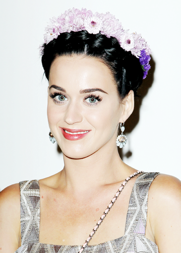Katy Perry ~♥